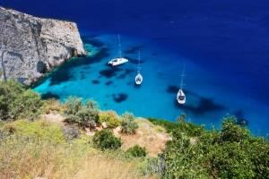 flottielje zeilen Griekenland voor anker