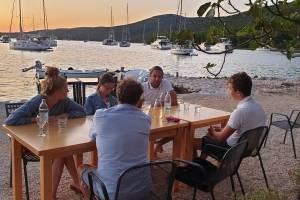 zeilen-kroatie-lekker-eten-uitzicht.jpg